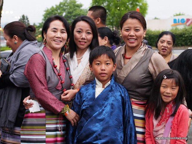 Tibetan Audience with HH Dalai Lama/HH Sakya Trizins Teaching in Portland, OR. - 03-ccP5120011%2BC72.JPG