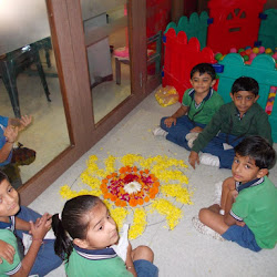 2015-11-05 Rangoli making Class Prep-A