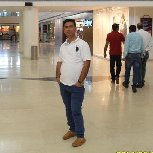 Tariq Bhat Photo 13
