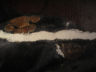 Masticage en lumière rasante, structuration de la surface imitant l'originale alentour