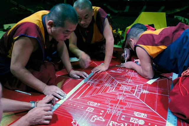 Kalachakra for World Peace teaching by H.H. the 14th Dalai Lama in Washington DC July 6-16th. - Kalachakra%2Bfor%2BWorld%2BPeace%2B-%2BMedia_1311710813906.jpg