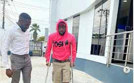 Breaking: Davido Spotted in his New Banana Island Mansion with Crutches Few Days after Parking into his N800,000000.00 Apartment