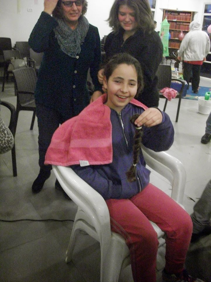 Donating hair for cancer patients 2014  - 1974974_539678312815133_914263798_n.jpg