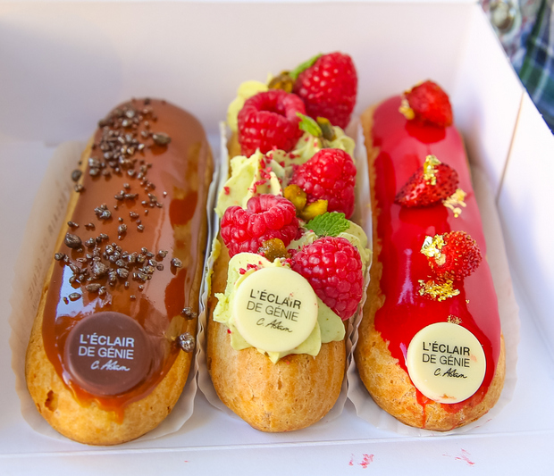 photo of three eclairs