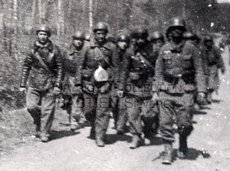 Prisonniers du 32e BCC à Saint-Michel en Thiérache Chasseurs_Prisonniers_GP