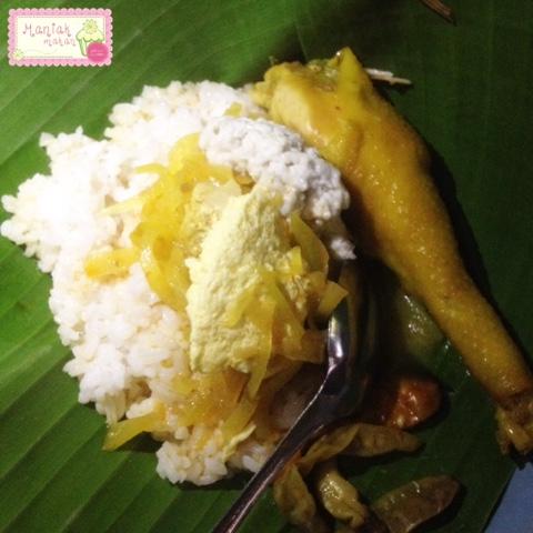 maniak-makan-nasi-liwet-bu-sri-solo-lauk-paha-ayam