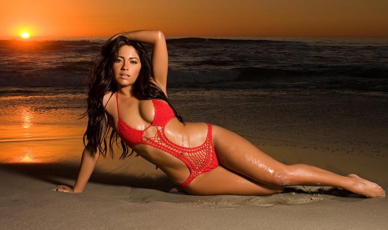 Latinas big booty Latina
