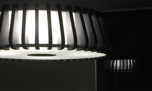 musta black kiiltävä gloss kattovalaisin ceiling lamp