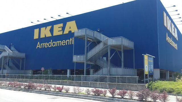 Loja Ikea na Italia