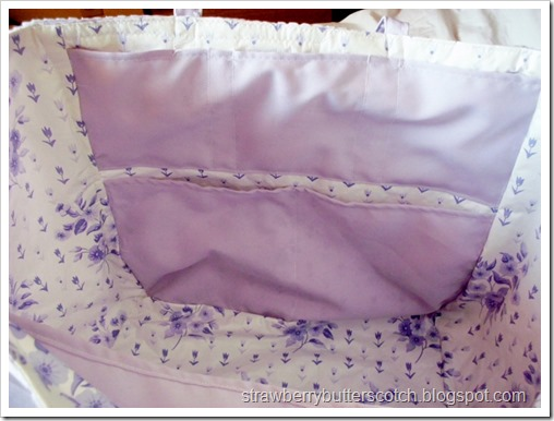 Interior of Tote Bag with Lots of Pockets