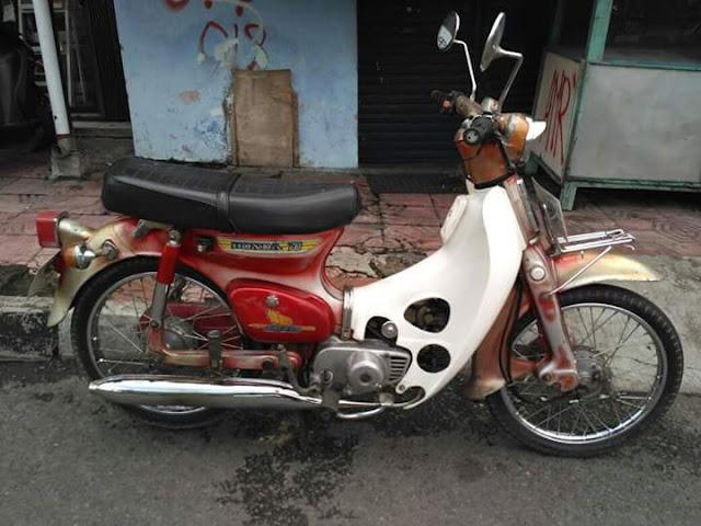 Bursa motor antik c70