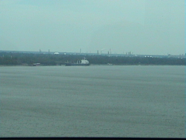 1690From_a_New_Orleans_Bridge
