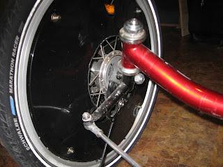 Installation d'une suspension avant sur un ICE Q Img_2676
