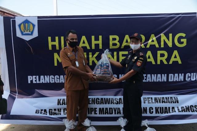 Lagi, Pemerintah Aceh Timur Terim Hibah Bawang Merah Dari Beacukai Langsa