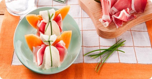 involtini-di-melone-co-prosciutto-e-mozzarella