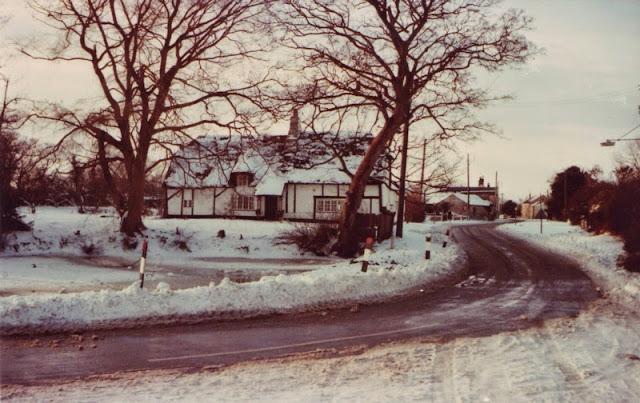 Woodhurst In The Snow - December 1981 - Scan10015.jpg