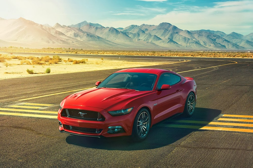 Ford-Mustang-GT-2015-03