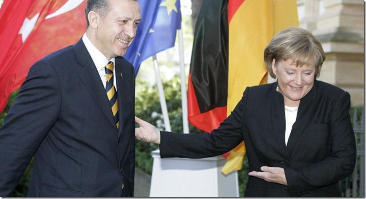 Merkel Erdogan Unterwerfung