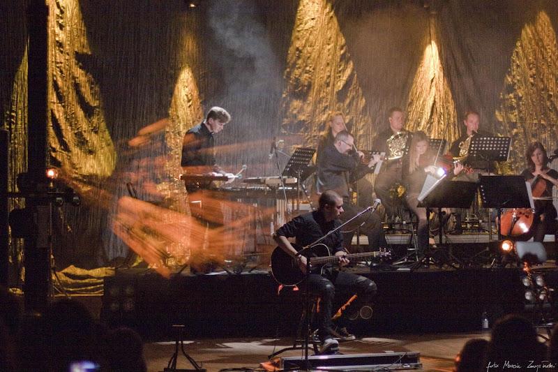 Foto galeria zdjęć koncerty śluby wesela Zmysłowski 2010-10-21 - Coma w Bydgoszczy w Filharmonii Pomorskiej