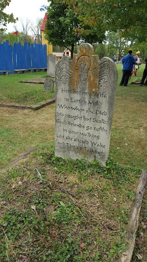 Graveyard humor at the Ohio Renaissance Festival