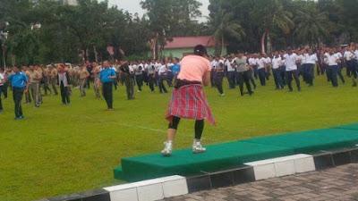 Meski Hujan semangat Olah Raga Bareng TNI-Polri tetap Berlangsung Di Makodam 1/BB