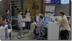 Lucky.Romance.E08.mkv_20160618_101207.799_thumb