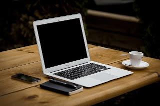 Membersihkan Sampah Laptop