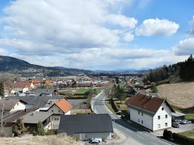 Blick auf die Stadt Villach vom Ölberg