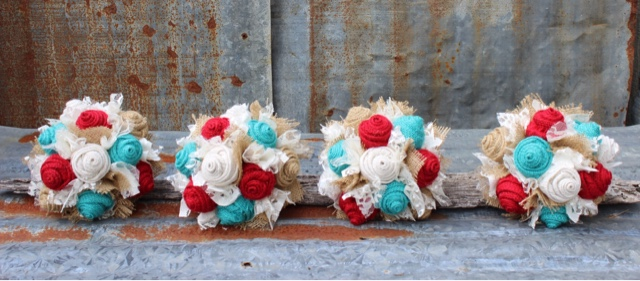 red and turquoise bridesmaid bouquets