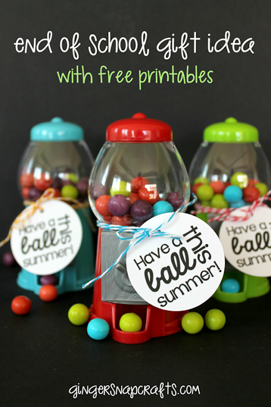Mini Gumball Machine End of School Gift Idea with free printables at GingerSnapCrafts.com #printable #giftidea_thumb[1]