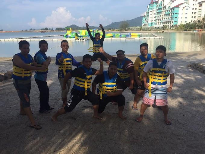 Frenzy Waterpark @ Wipeout ala Malaysia