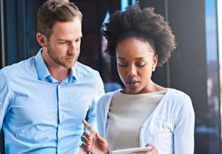 Estudo expõe diferença de salários entre negros e brancos em ONGs