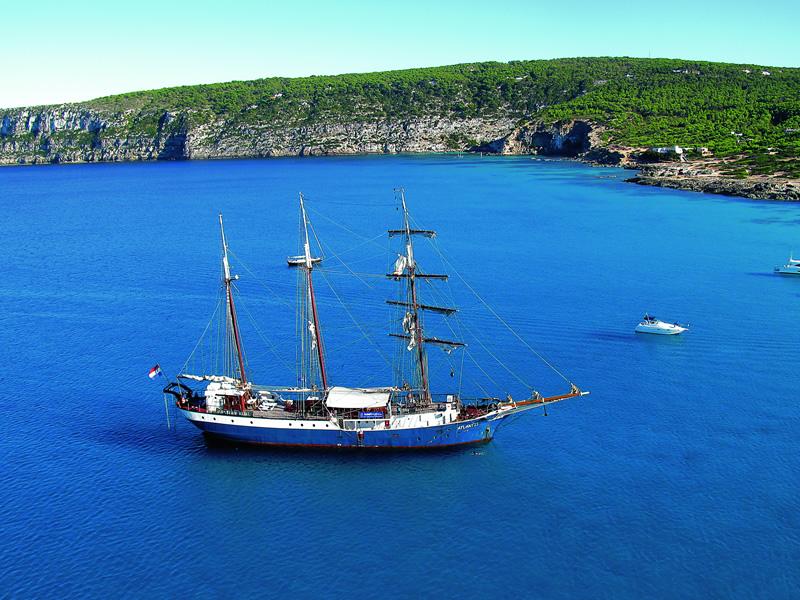 Island Hopping - boat&bike - Mallorca to Ibiza