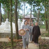 [TSPT-0030] Phật tử thăm Tu viện - vườn Lâm tì ni (2011)