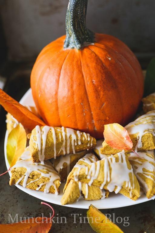 [Mini-Pumpkin-Scones-Recipe-www.munchkintime.com-35%5B4%5D]