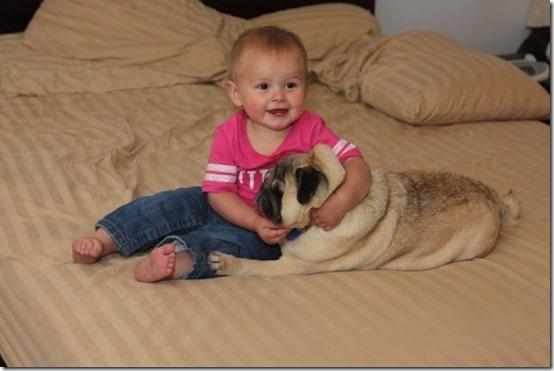 niña con perro (1)