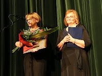 22 Polgármester díját az idén 20 éves Sancta Maria énekkar kapta, az énekkar nevében pedig Galbáčová Márta köszönte meg a kitüntetést.jpg