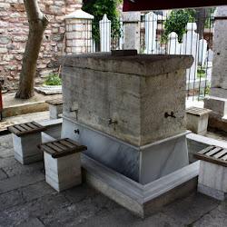 2015-06-02 Istanbul Brunnen