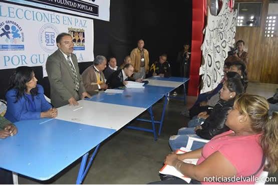 Dialogan para evitar enfrentamientos con población