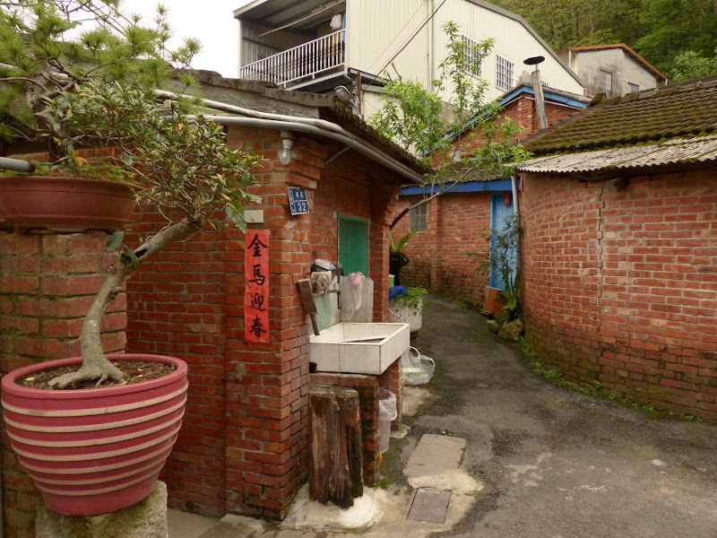 Miaoli county. Nanzhang puis Dahu la capitale de la fraise... - P1050163.JPG