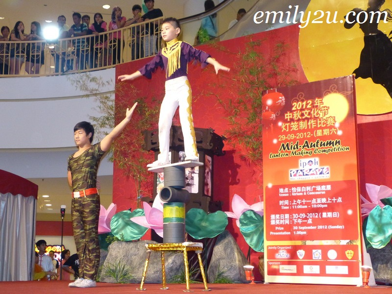 Mid Autumn Festival tang lung making competition