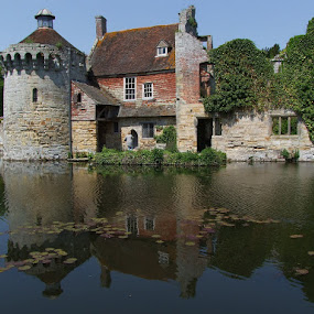 Scotney Castle  side view by Dean Thorpe - Buildings & Architecture Other Exteriors (  )