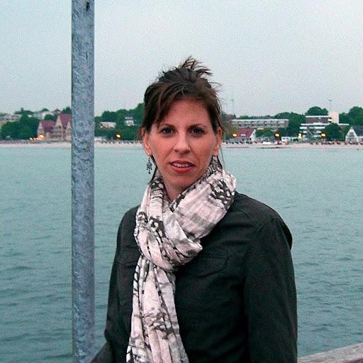 Sandra Wenzel