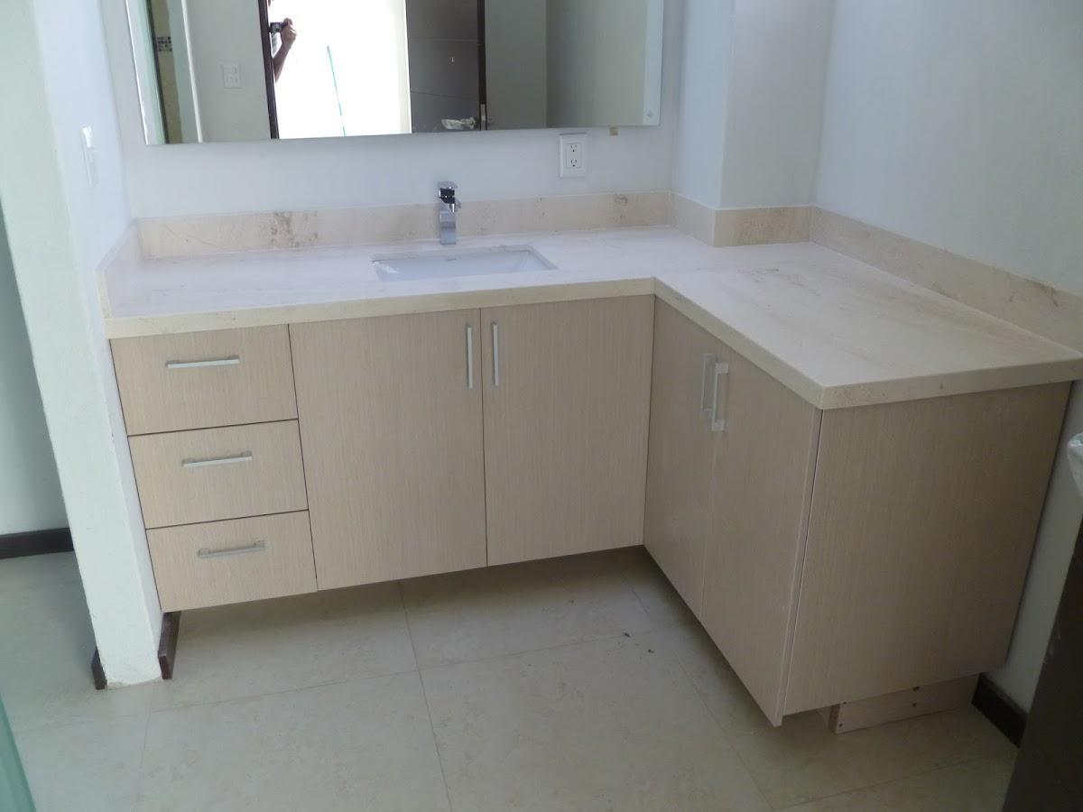 Mueble esquinero de 4 pisos para bano for Muebles para bano