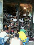 5s? Wie durft?! Werkplaats in Hanoi, Vietnam