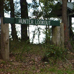 Signpost at Hunter Lookout (360791)