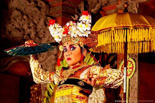 bali-dancer-legong-trance_xgaplus