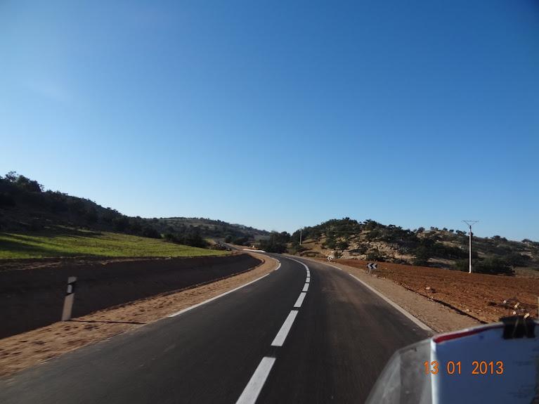 Marrocos e Mauritãnia a Queimar Pneu e Gasolina - Página 3 DSC05595