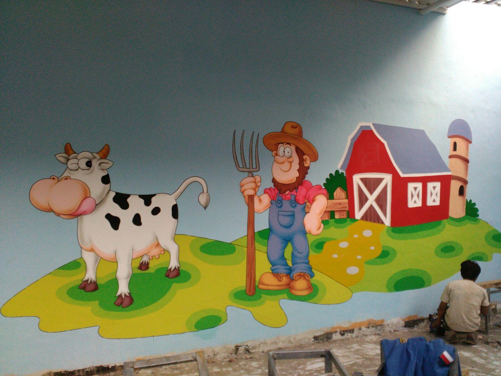 Desain Lukisan Mural Di Dinding Sekolah Seperti Nyata