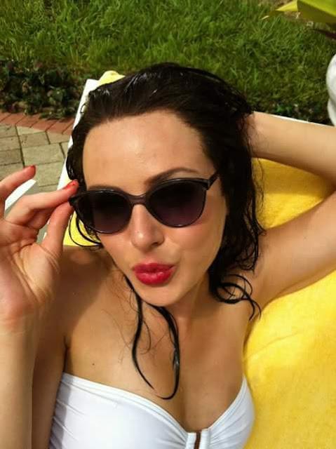 Jessica Marais Beautiful Images For Dp of whatsapp, Instagram, Pinterest, Facebook